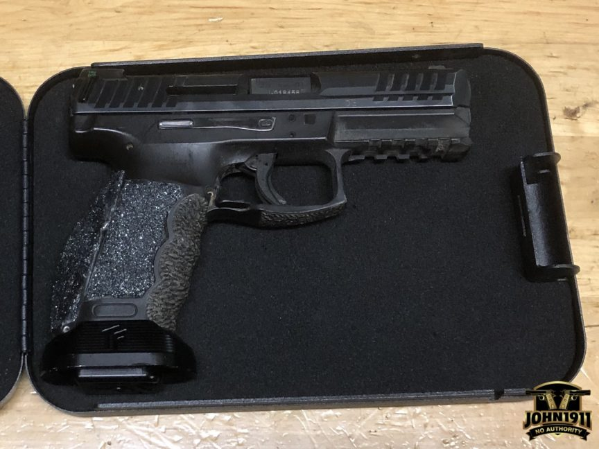 VP9 in Travel Case