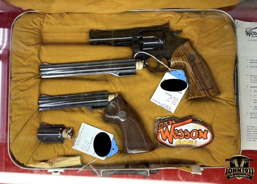 Dan Wesson pistol pack