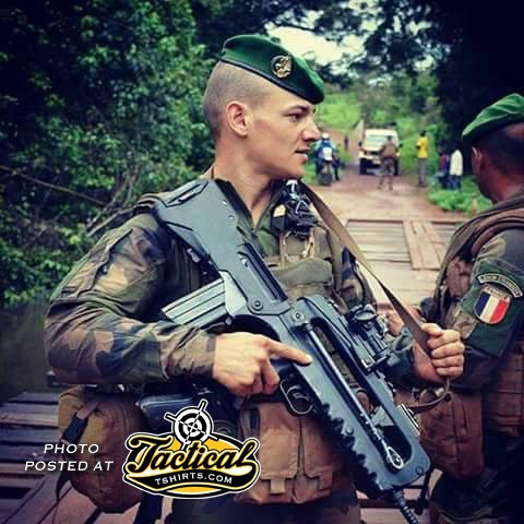 French Solider with FAMAS