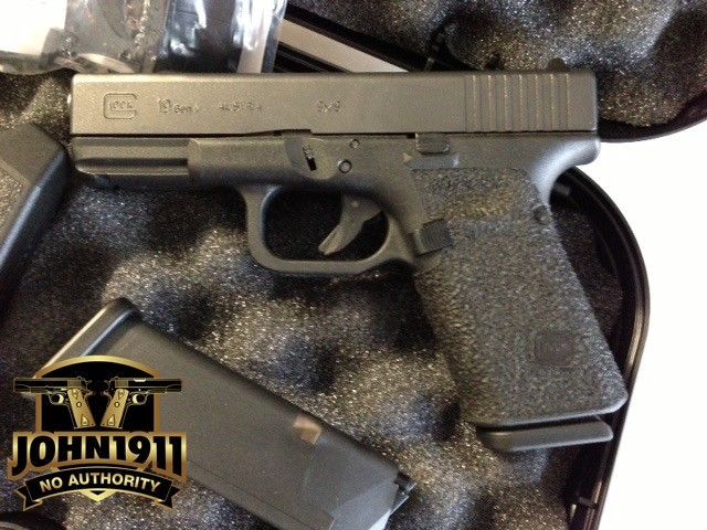Another example of a G19 Glock with a grip reduction. Beware of the downside.