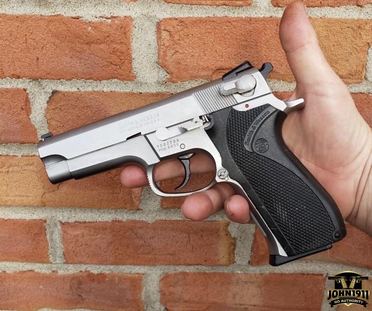 Smith & Wesson 5906 Restoration