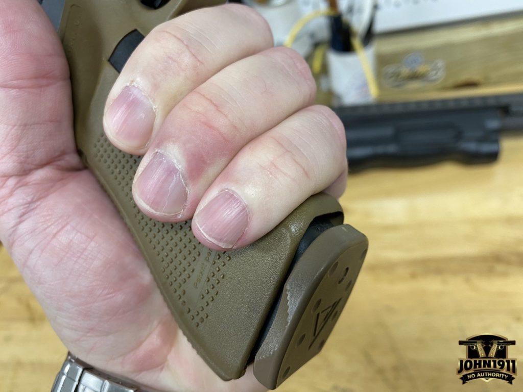 Glock 18 grip size.
